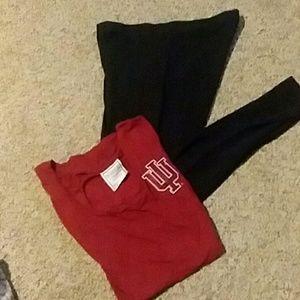 VS Pink t-shirt and leggings